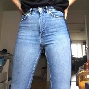 Säljer dessa as coola jeans pga ingen användning längre  Kan mötas upp i stockholm eller frakta