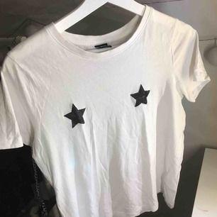 T-shirt från Gina som inte kommer till användning!