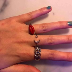 Tre jätte fina silver ringar, alla för 70 kr!💕
