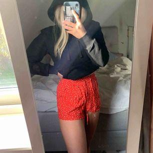 Så himla söta shorts!! Dom är i fint skick😀