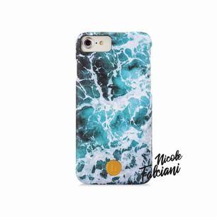 iPhone 8, iPhone 7, iPhone 6/6s Mobilskal i bra skick från Holdit X Nicole Falciani Frakten ingår i priset!💙