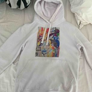 Jättefin hoodie från thecoolelephant, köpt för 600kr