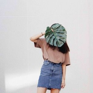 Säljer en super fin kjol för 200 kr (frakt tillkommer) som används endast en gång!