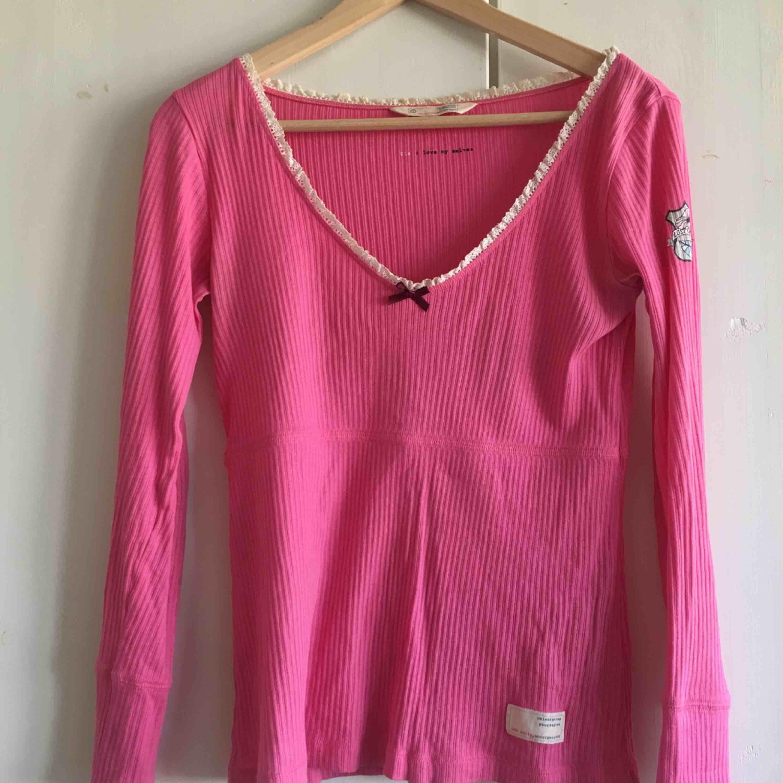 Odd molly tröja köpt på Odd molly i Stockholm för cirka 600 kr. Toppar.