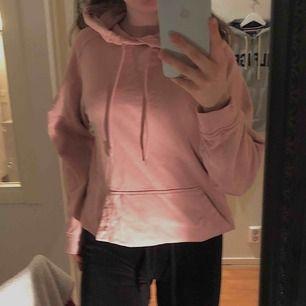 En superfin hoodie i killmodell från hm💗💗