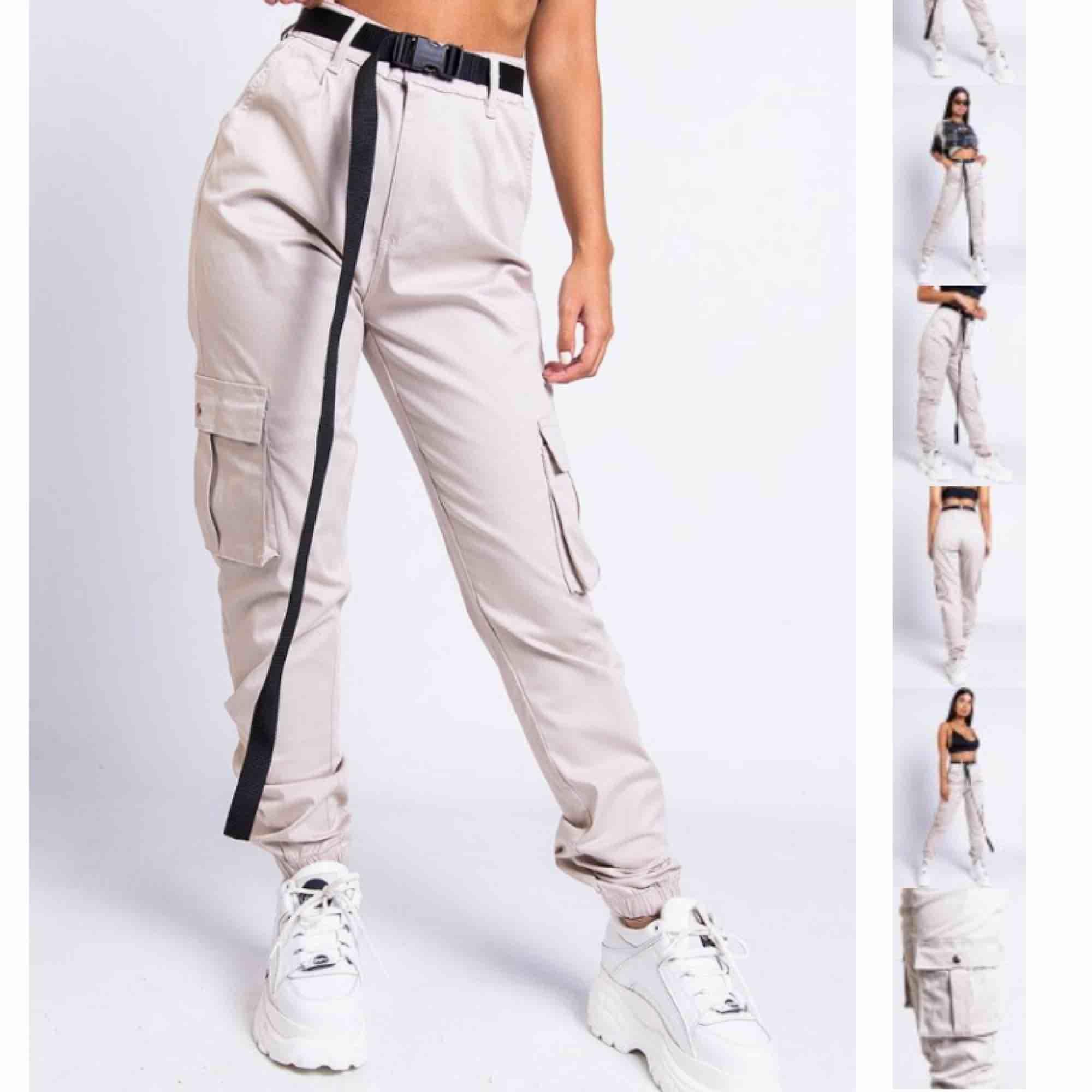 jättesnygga cargo byxor från madlady, använda en gång Säljer pågrund av inte riktigt min stil  Nypris 500 . Jeans & Byxor.