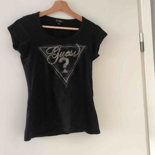 Fin T-shirt från Guess🥰✨