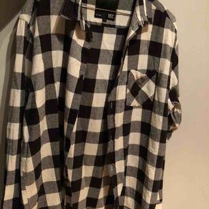 aldrig använd skjorta från Lager 157, helt ny. kan skicka fler bilder. kan mötas i kalmar annars står köpare för frakt