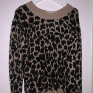 Köpt för 1000kr Jättemysig Leopard tröja