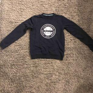 En superfin marinblå gant tröja, helt oanvänd