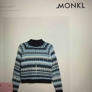 Söker christmas sweater från monki🥰🥰🥰
