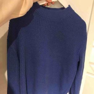 Helt ny snygg tröja från mq