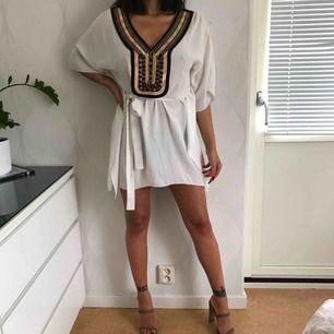 Otroligt fin klänning/tunika köpt i Grekland. Använd 1 gång