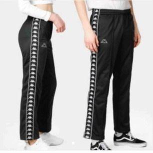 Kappa byxor / trackpants ✨✨Köpta av annan säljare på plick, var lite stora🥺 Se hennes beskrivning på bild två🥳 Priset är inkl frakt💖