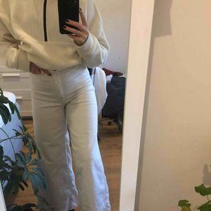 Vita vida jeans från WERA