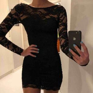 Super fin klänning, speciellt i ryggen💕🥰🥰