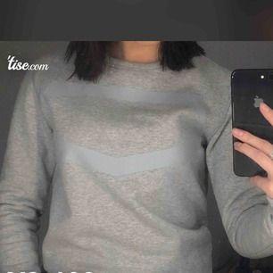 Superfin tröja ifrån Crocker  ❤️💓🌟🍁💗💞🍂