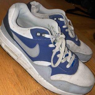 Nike air max i bra skick Lite smutsiga bara:) Storlek 38 Frakt: 109kr