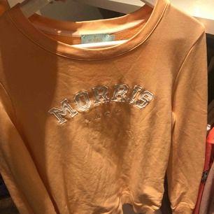 Säljer min äkta Morris tröja då den nästan aldrig kommit till användning. Alltså i toppen skick! Nypris runt 650-700ca