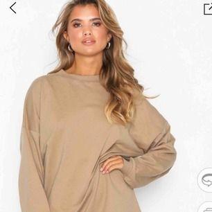 As fin oversized sweatshirt från Nelly  Knappt använd Frakt står köparen för