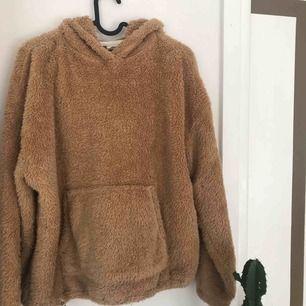 En super mysig Teddy hoodie, jätte skön och passar fint nu till hösten!🥰