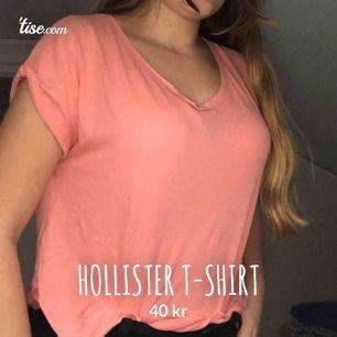 Hollister rosa t-shirt, mjuk material, bra skick använt den två gånger. Storlek s   #tshirt