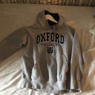 Skit snygg vintage hoodie i storlek S