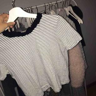 Sjukt snygg t-shirt från Zara! Köpt för 100 kr🥳