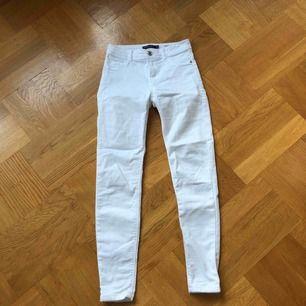 Jeans från berska. Inga fläckar, helt rena😍