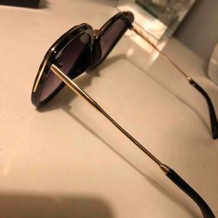 Solglasögon inköpta på glitter för 79kr. Mitt pris 25kr!