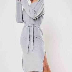 MIDI-klänning ifrån Missguided. Supersnygg!