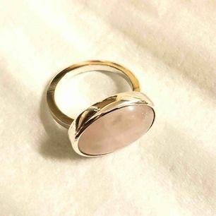 Silver ring med rosenkvarts strlk 17 alt 58