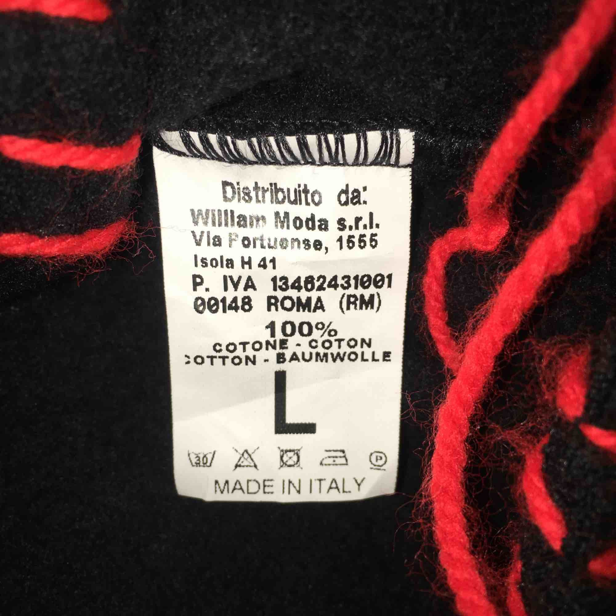 Deadstock 10/10 kondition passa bara inte något i min garderob.. . Övrigt.
