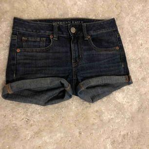 Lågmidjade shorts från American Eagle