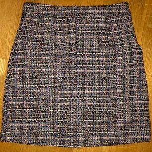 Oanvänd kjol, köpt på Shein. Liten i storleken så skulle tro att den passar en XS utmärkt♥️