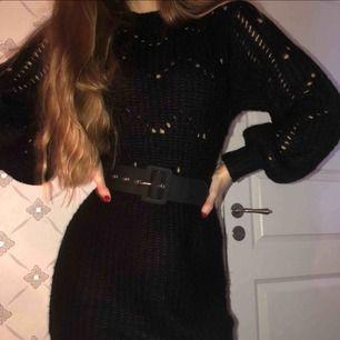 Stickad klänning från Ivy Revel, superfin & aldrig använd 💖