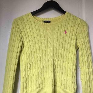 Ralph lauren kabelstickad gul tröja