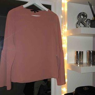 Nude rosa blus