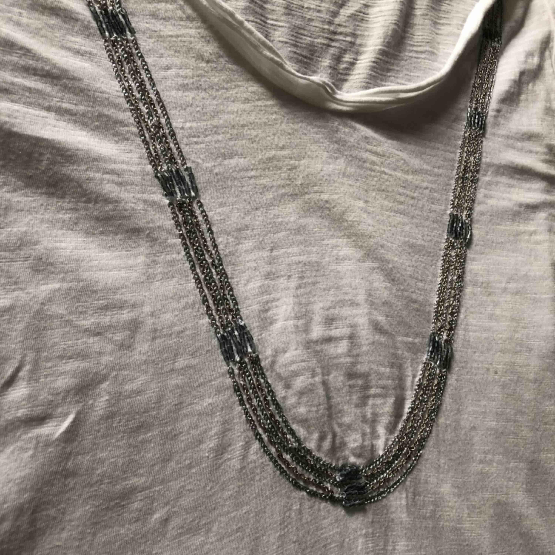 T-shirt i storlek S Fint skick 35 kr. T-shirts.