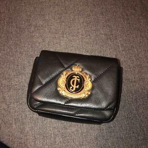 Juicy couture liten svart handväska, aldrig använt