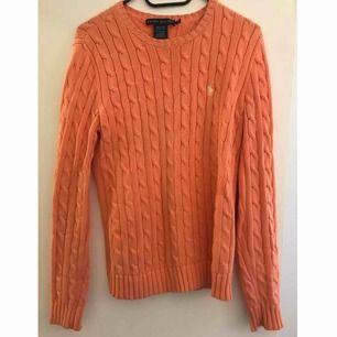 Kabelstickad Ralph Lauren tröja. Köparen står för frakten, kan mötas i Stockholm.