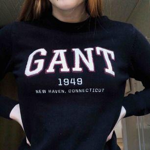 Tröja från Gant köpt för 500kr men säljer för 120kr det är storlek S.  Bara använd ett fåtal gånger så mycket bra skick.  Kan mötas upp i Stockholm annars står köpare för frakt:)