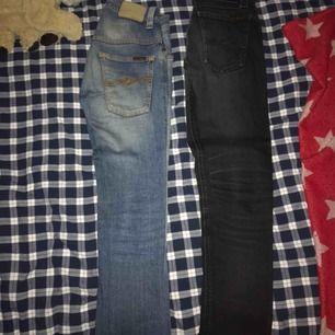 Mer info om separata byxor kolla mina andra produkter som jag säljer! Priset är ett paket pris för alla 3 par jeans.
