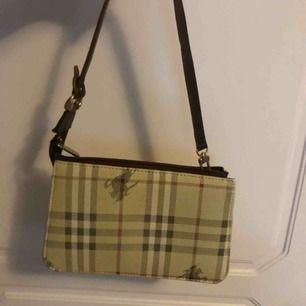 Vintage burberry väska