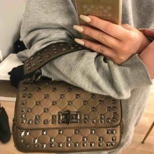 Valentino liknande väska