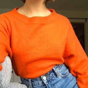 Orange tröja supermysig