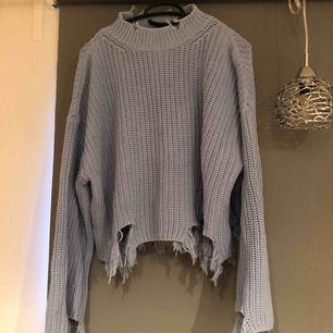 Rippad tröja från Gina tricot, priset är inkl frakt & betalning sker via swish!☺️