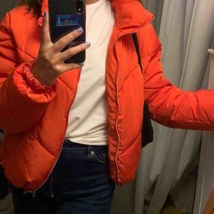 Jacka från H&M orange