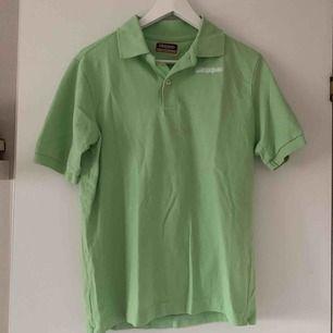 Grön tröja från Kappa! Frakt 55:-! Har en liknande i röd!