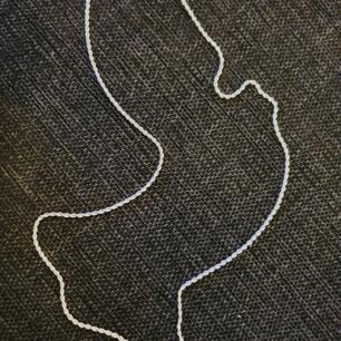 Silverhalsband 925  Ej silverpläterat